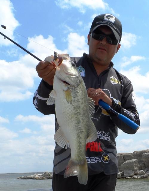 Campor el Mirador Presa Marte R. Gomez Sugar lake bass lobina