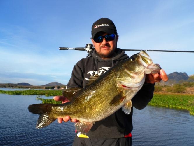 Revo stx Abu Garcia Juan Antonio Pérez Anglers TV dondepescar.com donde pescar pesca deportiva lobina bass