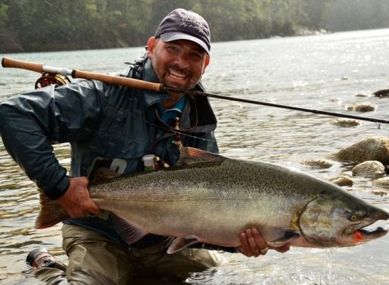 salmon-chinook-fotografia-de-pesca-con-mosca-de-salmon-king-por-pablo-rodrigo-perez-fly-dreamers-FDID749w10000h1mimg_5328cb5d9d494.jpg
