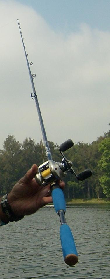 caña pesca Yamasaki blue skhy lobina Chautla