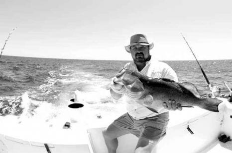 Jorge Pinto pescando pesca