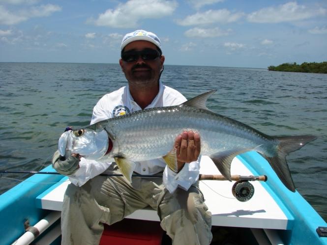 Carlos Gogoy & sabalo fly fishing