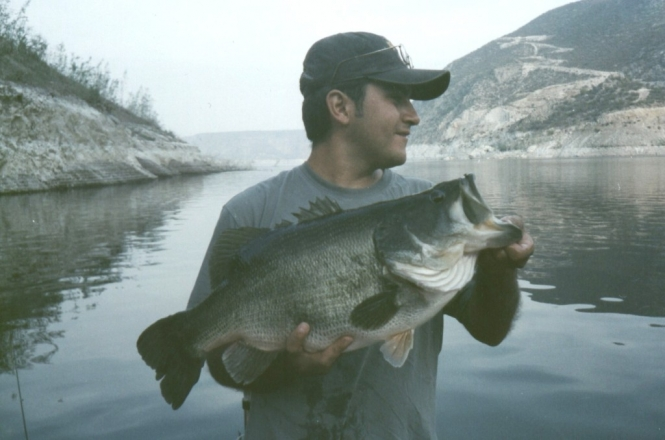 record lobina Zimapan presa Juan Antonio Pérez Serial bass 5.200 kgs