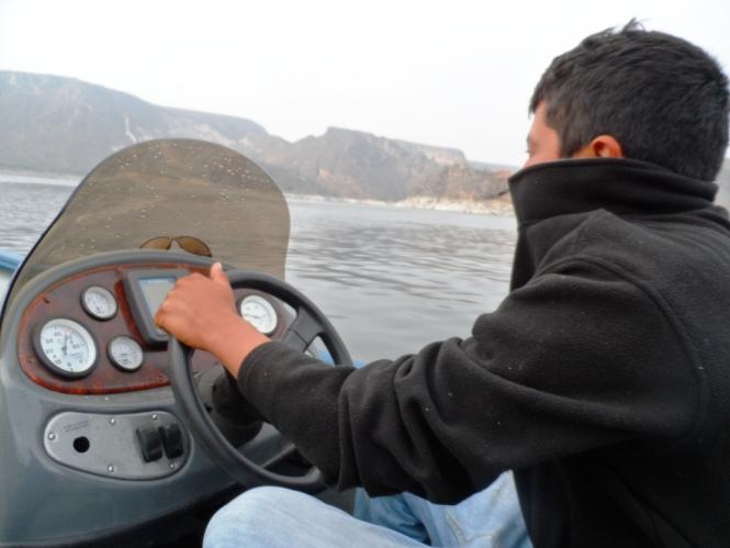 Dani Villeda guia pesca Zimapan lobina